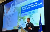 """European Commission's Vice President Jyrki Katainen unveils elements of a new strategy on Economic Diplomacy at the Seminar """"Economic Diplomacy and Foreign Policy: Friends or Foes?"""", 25/02/2016. Credits: European Commission"""